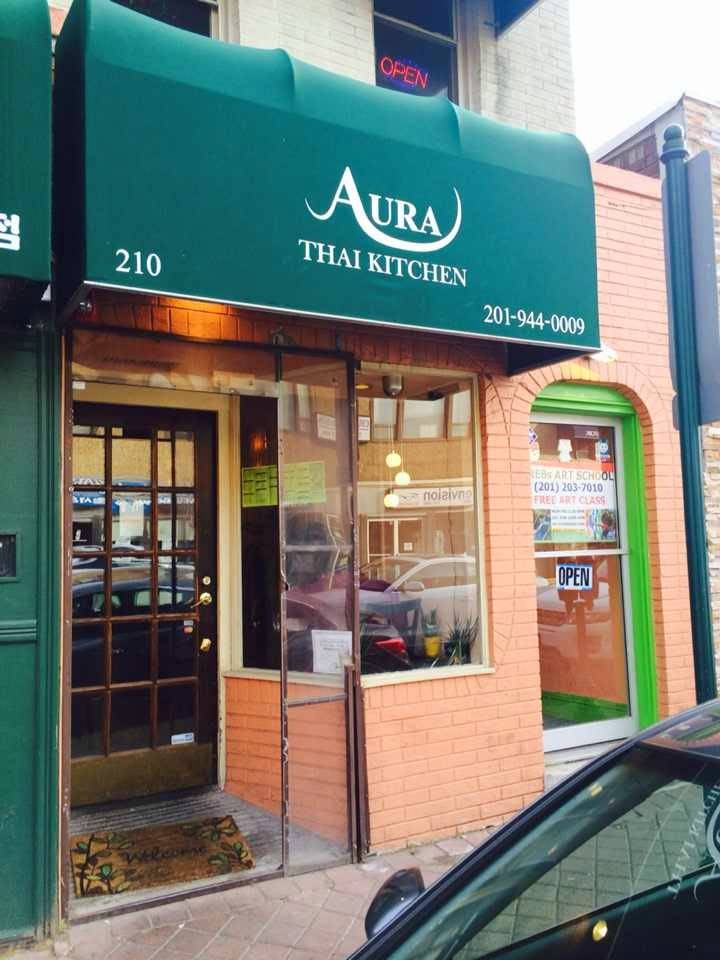 Aura Thai Kitchen   meal delivery   210 Main St, Fort Lee, NJ 07024, USA   2019440009 OR +1 201-944-0009