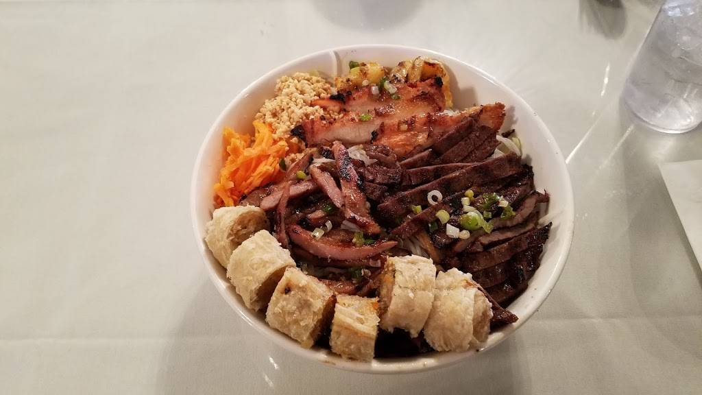 Pho Fusion | restaurant | 3100 S Sheridan Blvd unit h, Denver, CO 80227, USA | 3039348802 OR +1 303-934-8802