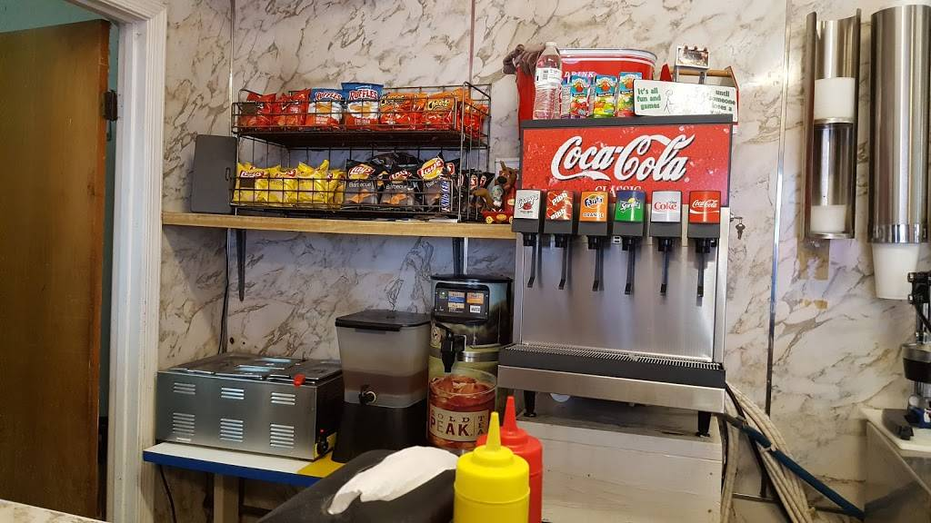 Dougs Hot Dogs | restaurant | 9643 Granby St, Norfolk, VA 23503, USA | 7573337806 OR +1 757-333-7806