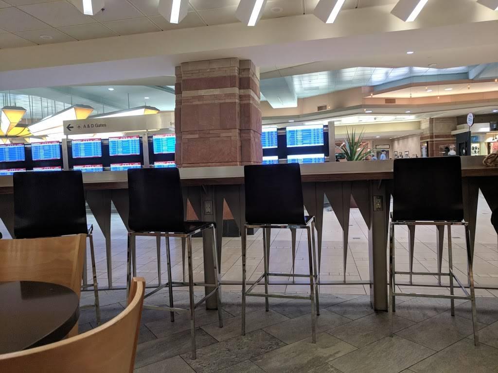Wildflower Bread Company - Terminal 4 Gate A9 | bakery | Terminal 4, 3400 E Sky Harbor Blvd, Phoenix, AZ 85034, USA | 6022752300 OR +1 602-275-2300