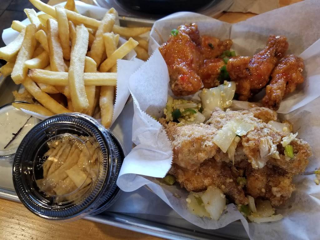 Fire Wings South Sac | restaurant | 8785 Center Pkwy #B180, Sacramento, CA 95823, USA | 9166271050 OR +1 916-627-1050