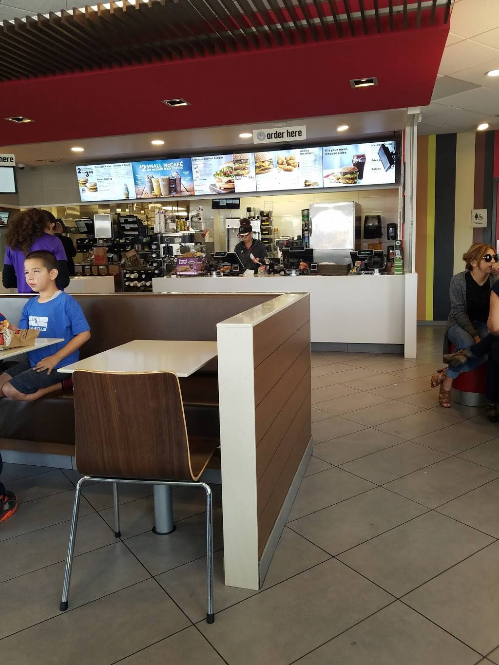 McDonalds | cafe | 10721 Atlantic Ave, Lynwood, CA 90262, USA | 3106325255 OR +1 310-632-5255