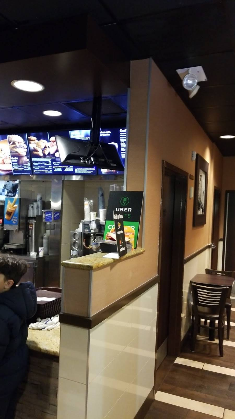 McDonalds | cafe | 3146 21st St, Long Island City, NY 11106, USA | 7185450294 OR +1 718-545-0294