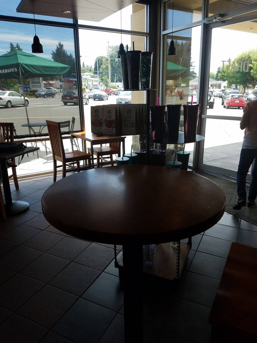 Starbucks | cafe | 17827 1st Ave S, Normandy Park, WA 98148, USA | 2062464644 OR +1 206-246-4644