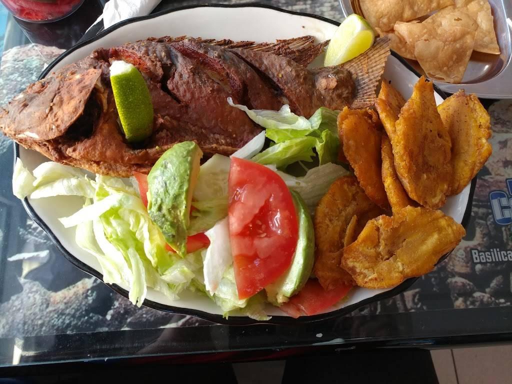 Esquina Catracha Restaurante | restaurant | 23 -19 Bergenline Ave, Union City, NJ 07087, USA | 2018668858 OR +1 201-866-8858