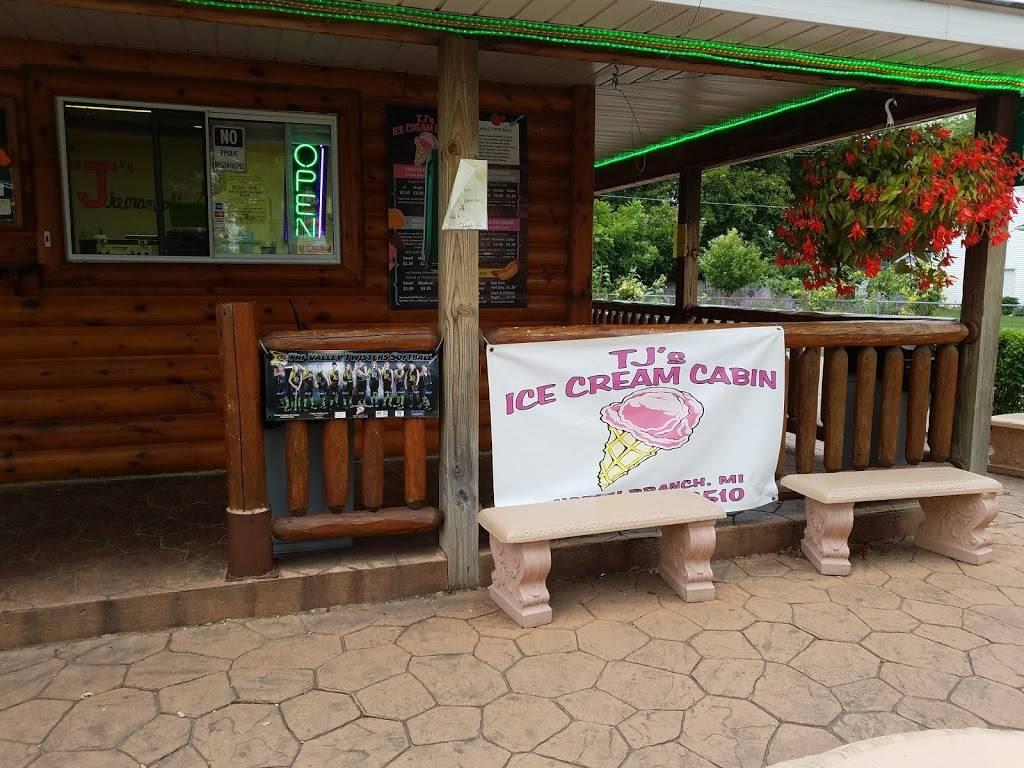 TJs Ice Cream Cabin | restaurant | 4119 Huron St, North Branch, MI 48461, USA | 8106882510 OR +1 810-688-2510