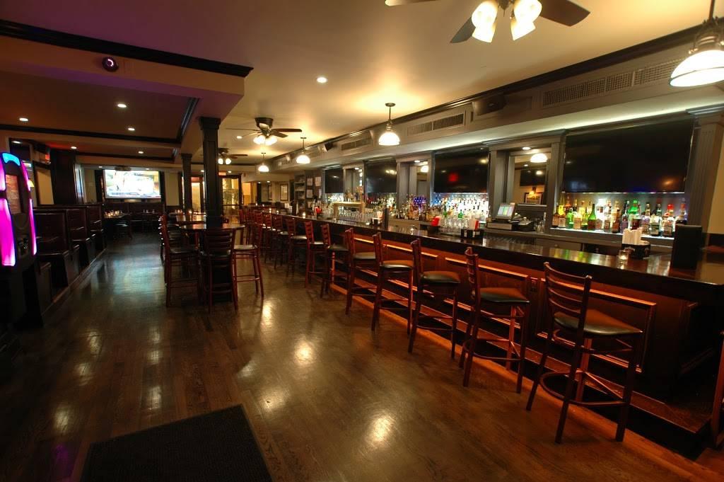 Connollys Corner | restaurant | 71-15 Grand Ave, Maspeth, NY 11378, USA | 7185657383 OR +1 718-565-7383