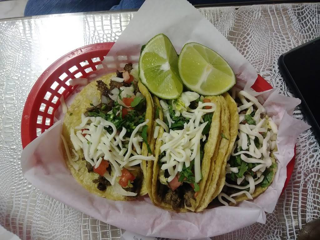 La Perla Mexican Restaurant | restaurant | 104 College Dr, Orange Park, FL 32065, USA | 9043758051 OR +1 904-375-8051
