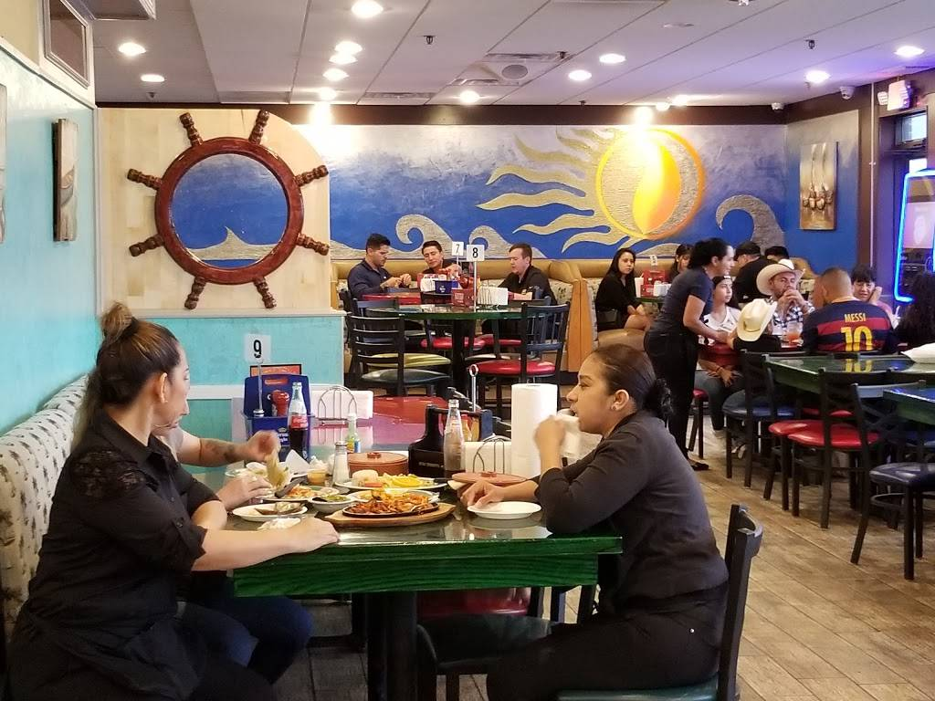 Las Islas Marias Villa Park | restaurant | 31 North Ave, Villa Park, IL 60181, USA | 6303593416 OR +1 630-359-3416