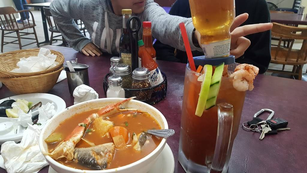 Los Arcos De Alisal Restaurant | restaurant | 504 E Alisal St, Salinas, CA 93905, USA | 8314242975 OR +1 831-424-2975