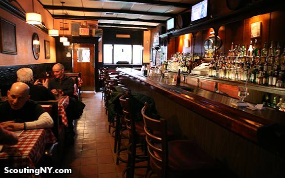 The Emerald Inn | restaurant | 250 W 72nd St, New York, NY 10023, USA | 2128748840 OR +1 212-874-8840