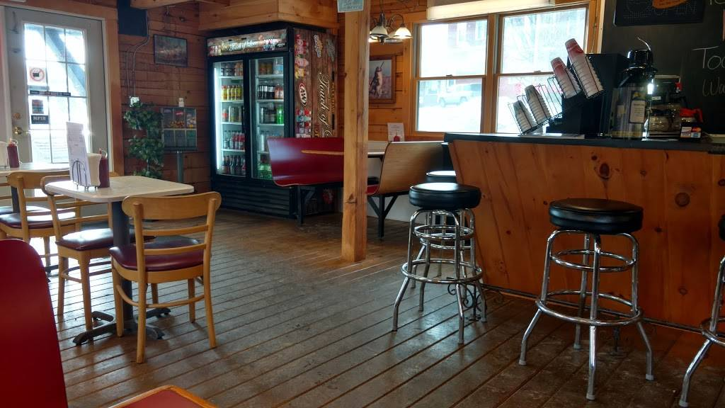 Touch of Love   restaurant   222-248 Upper Main St, Fairfield, ME 04937, USA   2076494011 OR +1 207-649-4011