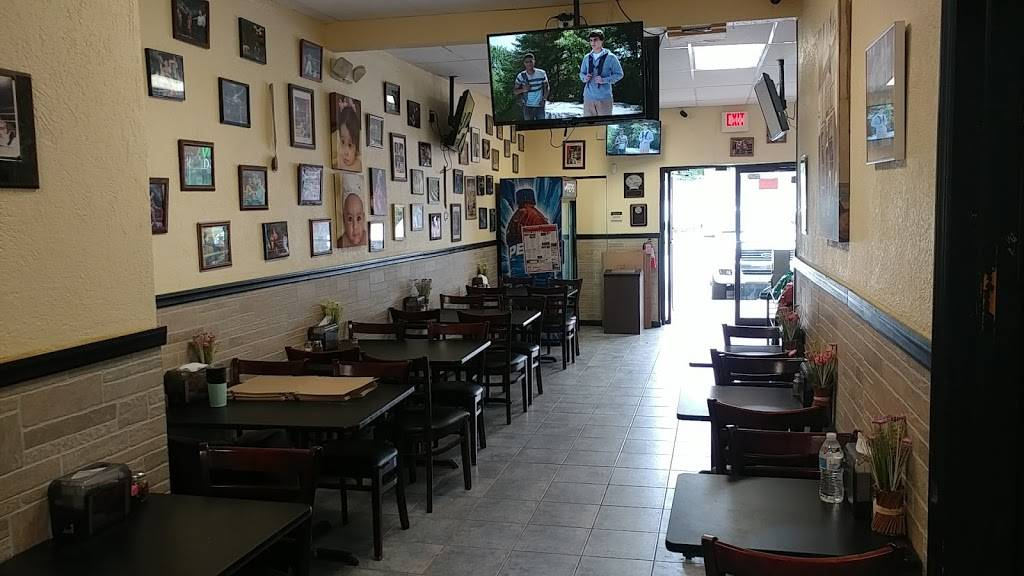 Knockout Pizza 2 & Gourmet Mexican Food | restaurant | 305 Whitesville Rd, Jackson, NJ 08527, USA | 7324834747 OR +1 732-483-4747