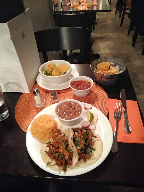 Gina La Fornarina   restaurant   2028 Broadway, New York, NY 10023, USA   2125956900 OR +1 212-595-6900