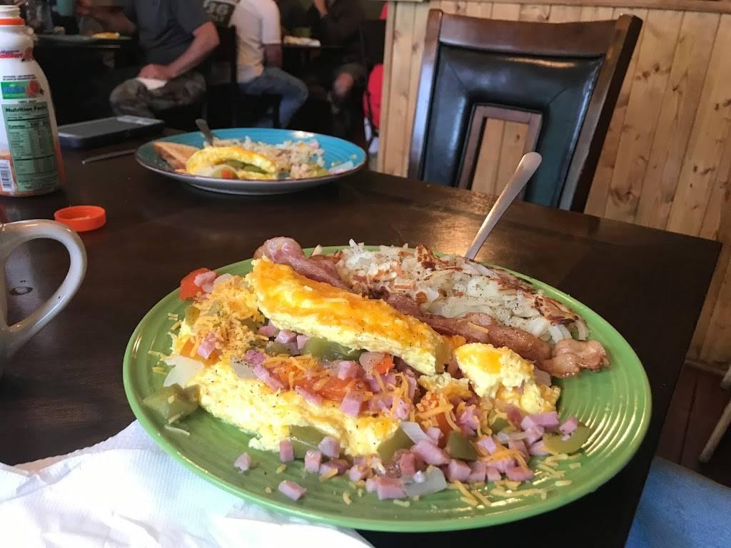The Oakford Diner   restaurant   46 Oakford Ave, Richwood, WV 26261, USA   3048460226 OR +1 304-846-0226