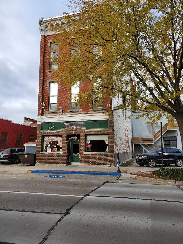 Main Street Cafe   restaurant   102 S Main St, Council Bluffs, IA 51503, USA   7123883801 OR +1 712-388-3801