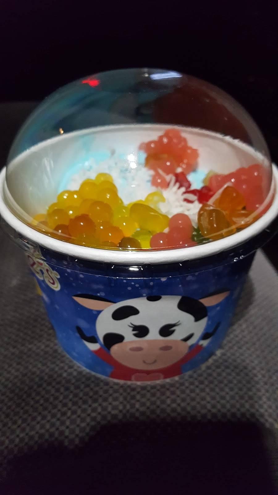 Menchies Frozen Yogurt | bakery | 1265 N Hacienda Blvd, La Puente, CA 91744, USA | 6269181924 OR +1 626-918-1924
