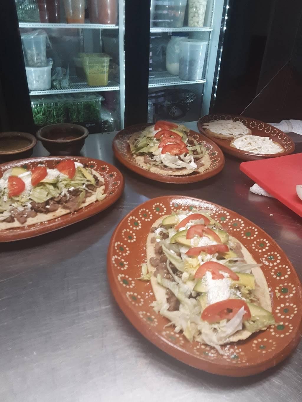 Santa Cruz Mexican Restaurant   restaurant   4 N Main St, Harriman, NY 10926, USA   8453959546 OR +1 845-395-9546