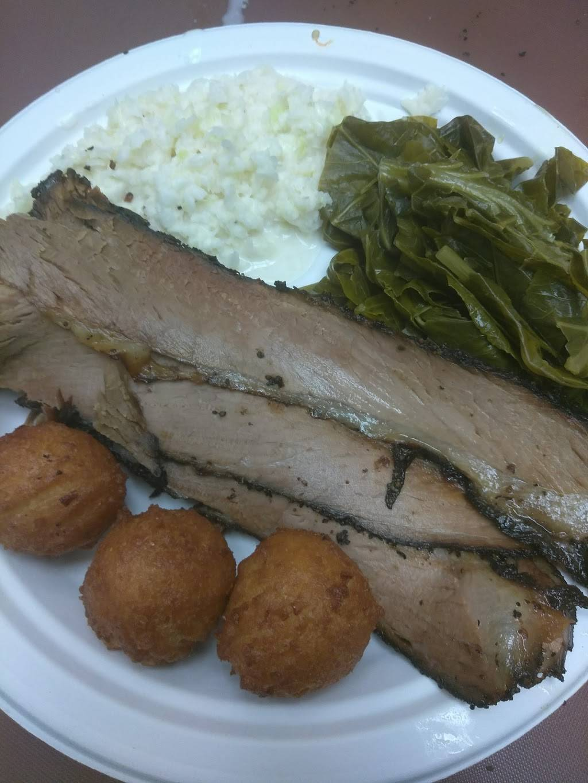 Codys Smoke House | restaurant | 3650 Reynolda Rd, Winston-Salem, NC 27106, USA | 3368158458 OR +1 336-815-8458