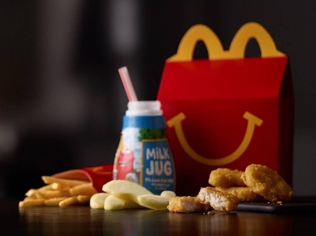 McDonalds | cafe | 4310 Barnes Rd, Colorado Springs, CO 80917, USA | 7195721782 OR +1 719-572-1782