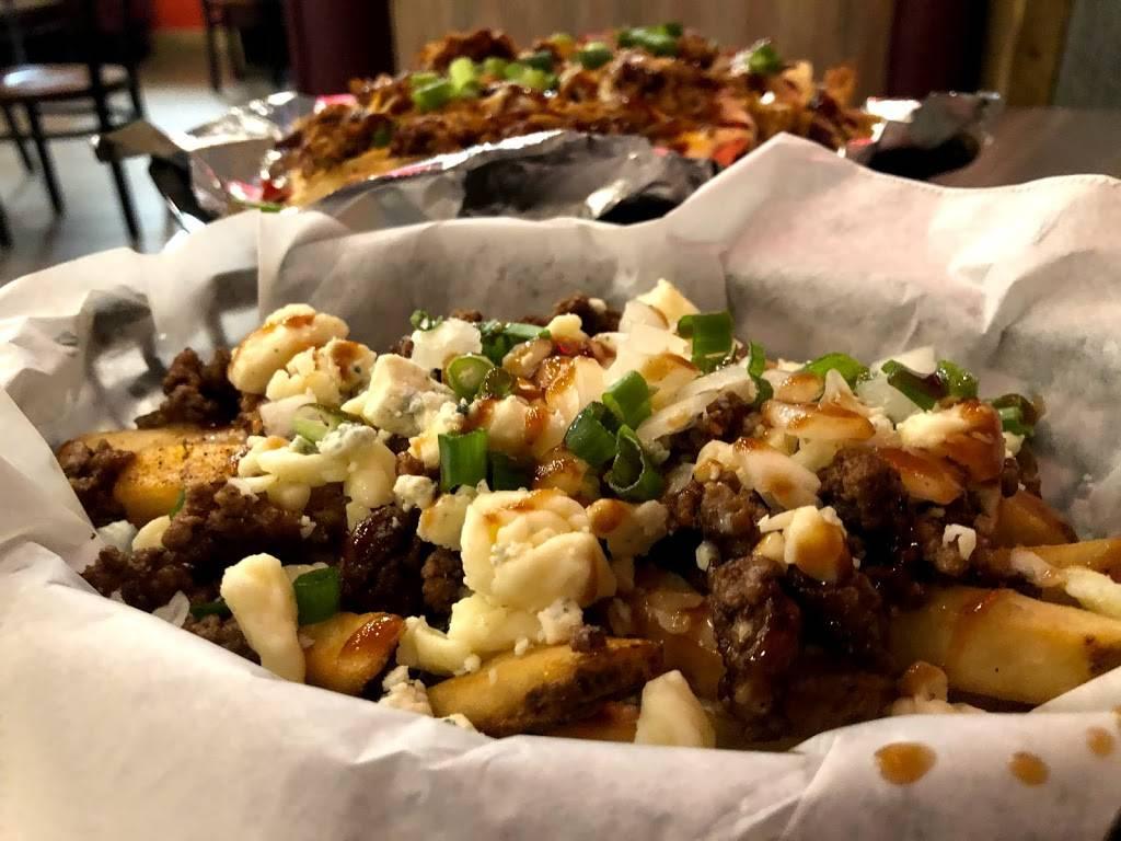 Smokey Treats Fusion Bbq | restaurant | 127 N Main St, River Falls, WI 54022, USA | 7152221299 OR +1 715-222-1299