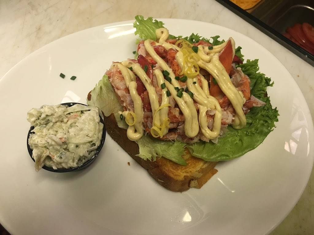 South Country Tavern | restaurant | 668 S Country Rd, East Patchogue, NY 11772, USA | 6313079501 OR +1 631-307-9501