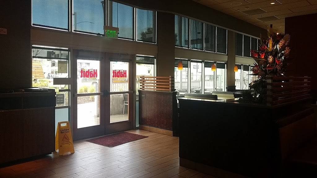 The Habit Burger Grill   restaurant   1080 Monroe St #100, Albany, CA 94706, USA   5105265560 OR +1 510-526-5560