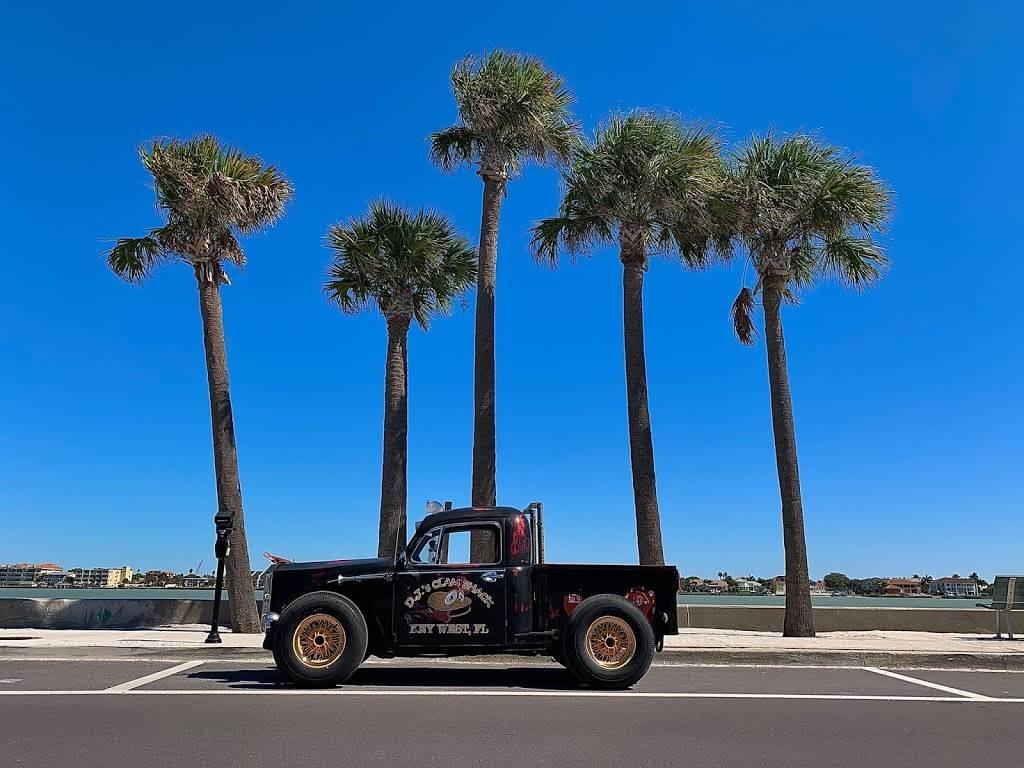 DJs Clam Shack | restaurant | 19705 Gulf Blvd Suite A, Indian Shores, FL 33785, USA | 7274747407 OR +1 727-474-7407