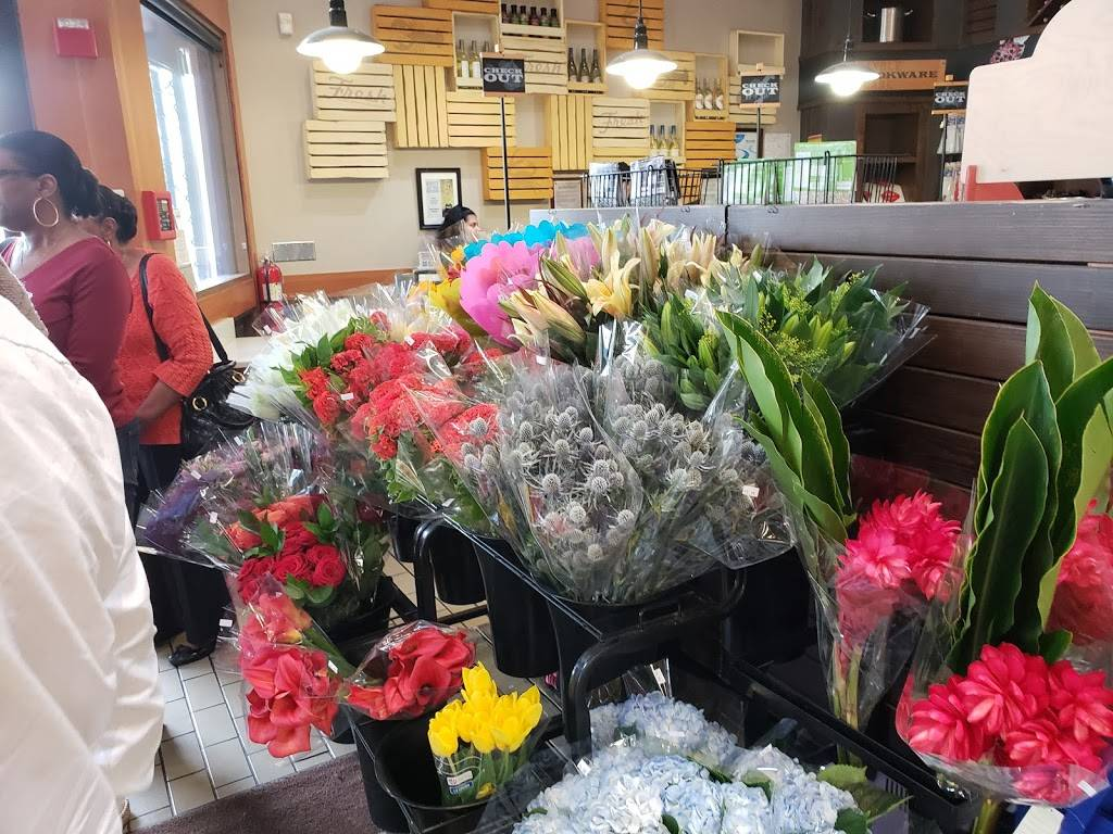 Santa Monica Seafood Market & Café | cafe | 1000 Wilshire Blvd, Santa Monica, CA 90401, USA | 3103935244 OR +1 310-393-5244