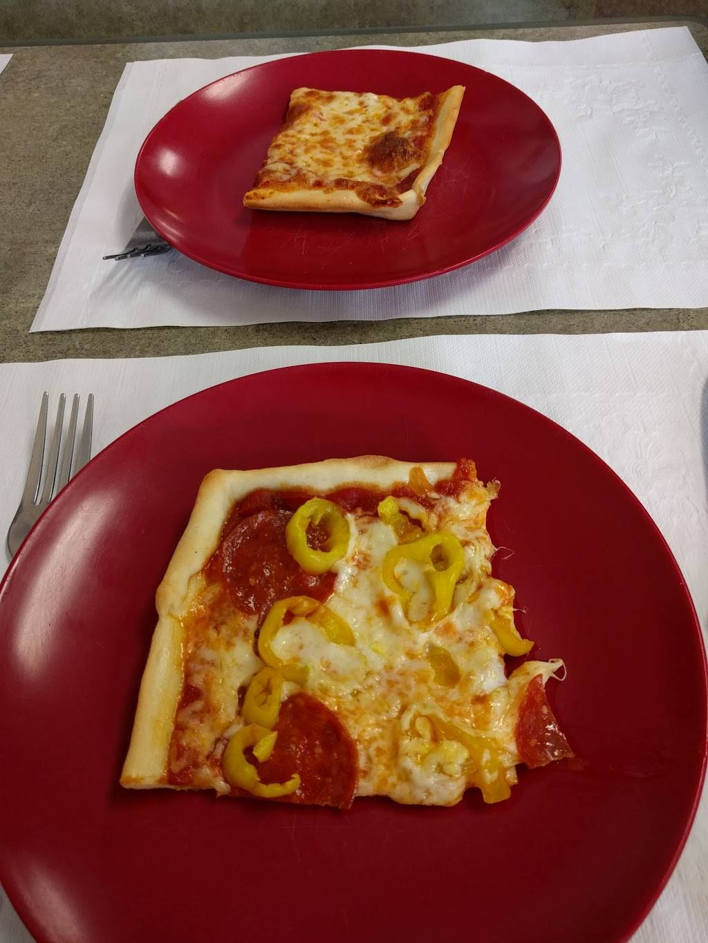Village Pizza & Subs | restaurant | 217 W Broad St, New Bethlehem, PA 16242, USA | 8142754500 OR +1 814-275-4500