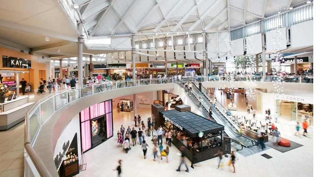 Arrowhead Towne Center | shopping mall | 7700 W. Arrowhead Towne Center, Glendale, AZ 85308, USA | 6239797777 OR +1 623-979-7777