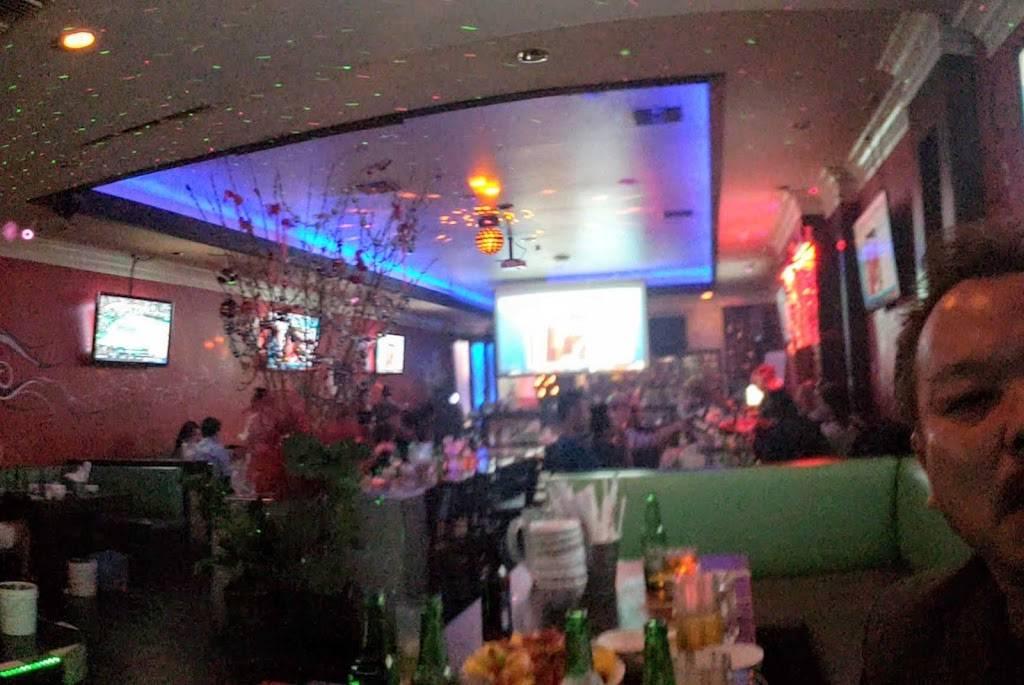 Uoc Restaurant & Lounge | restaurant | 2817, 12172 Brookhurst St, Garden Grove, CA 92840, USA | 7146389828 OR +1 714-638-9828