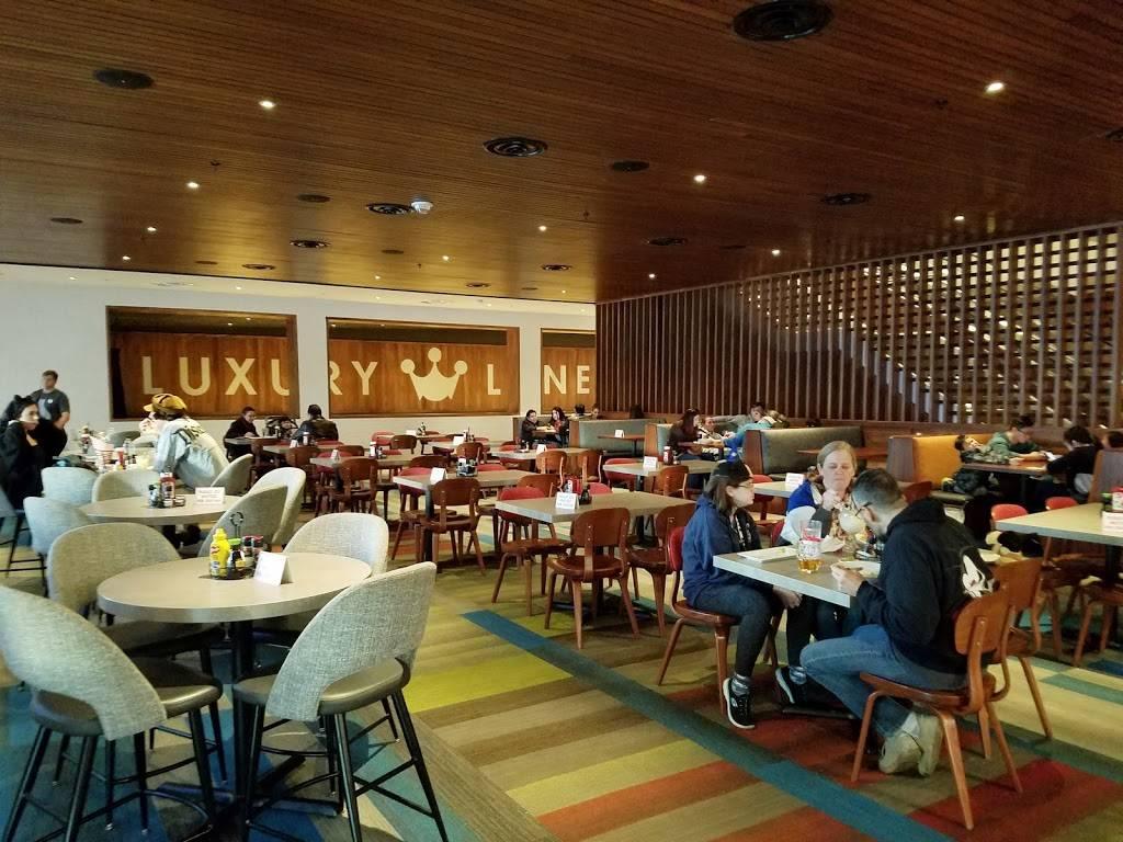McDonalds | cafe | 10900 Katella Ave, Anaheim, CA 92804, USA | 7149564275 OR +1 714-956-4275