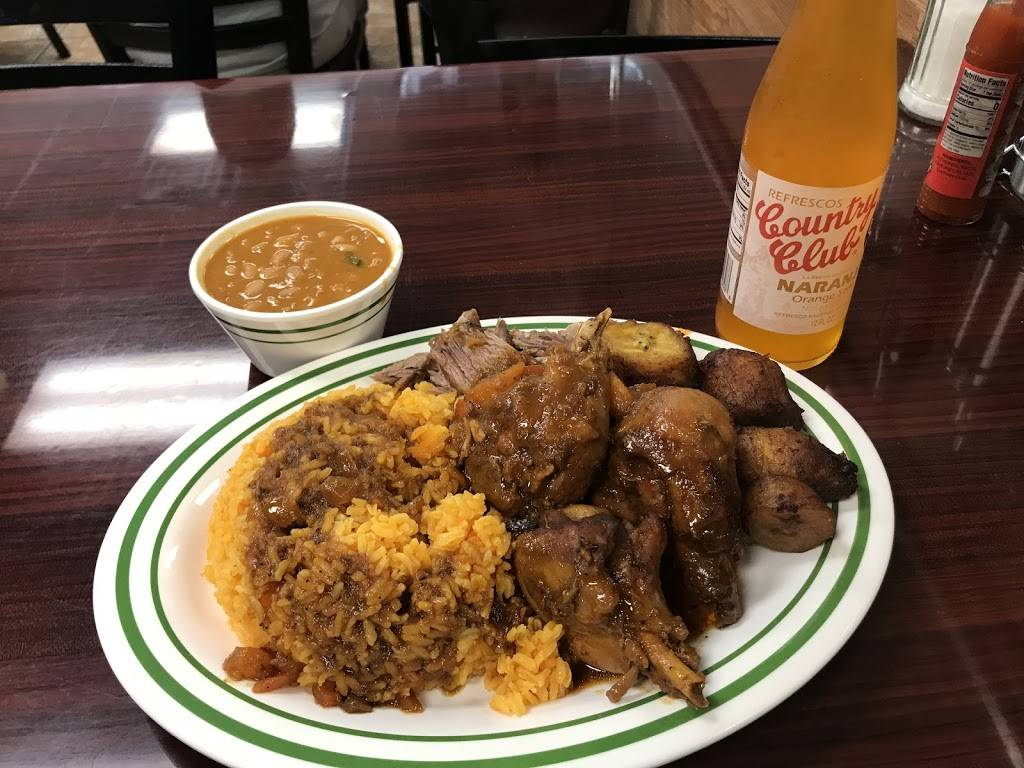 Dominicana Pollo Sabroso | restaurant | 105 E Mt Eden Ave, Bronx, NY 10452, USA | 7182944403 OR +1 718-294-4403