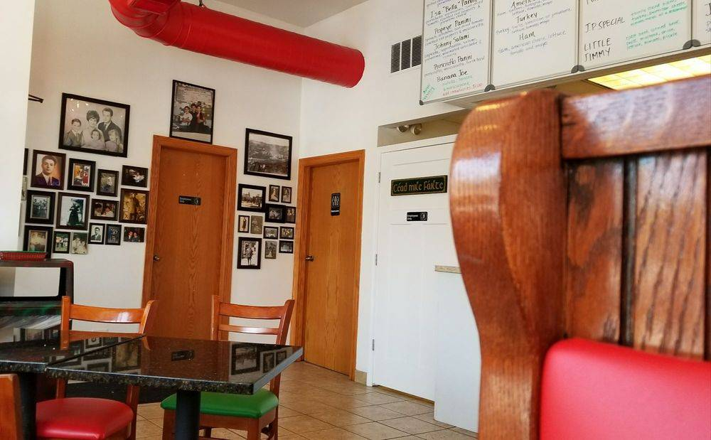 Soluri Brothers Sandwich Shop   restaurant   601 W 43rd St, Chicago, IL 60609, USA   7736755553 OR +1 773-675-5553