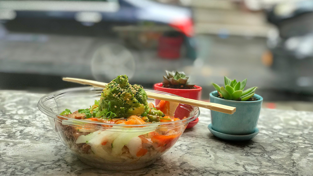 Blossom Poke Bowl | restaurant | 153 Remsen St, Brooklyn, NY 11201, USA | 7185763775 OR +1 718-576-3775