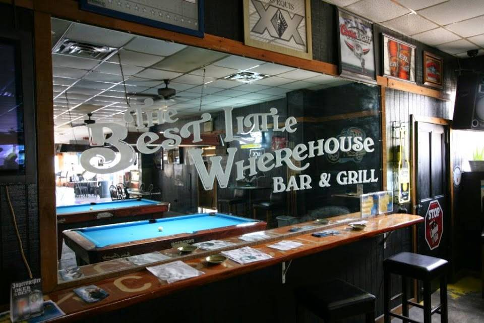 Best Little Wherehouse Bar & Grill | restaurant | 1105 N Collins Blvd, Covington, LA 70433, USA | 9853275182 OR +1 985-327-5182