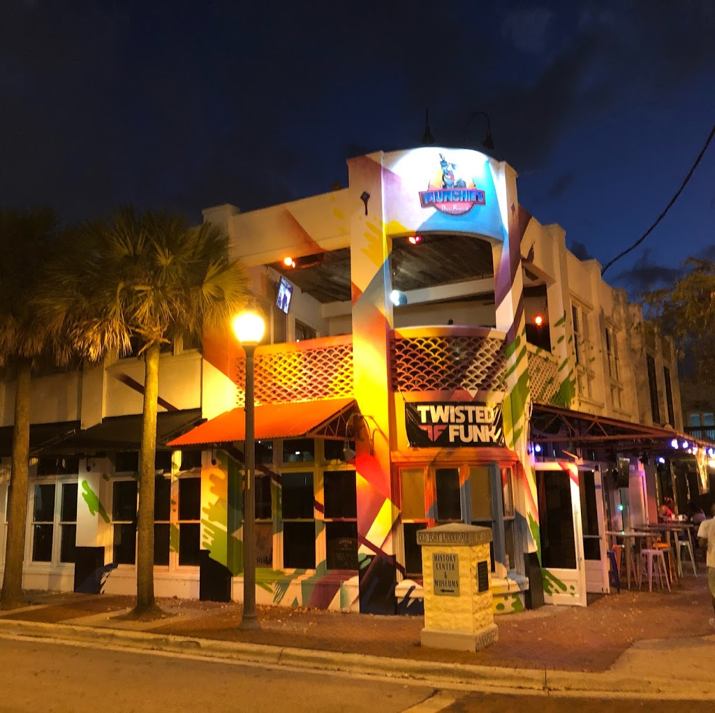 Munchies Pizza Club | restaurant | 200 SW 2nd St, Fort Lauderdale, FL 33301, USA | 9545468624 OR +1 954-546-8624