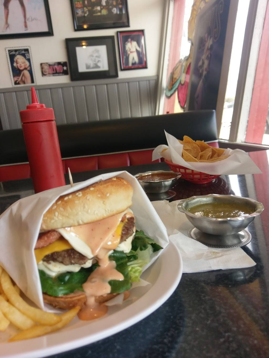 Chicas Place Deli & Grill   restaurant   251 S Irwindale Ave, Azusa, CA 91702, USA   6263341341 OR +1 626-334-1341