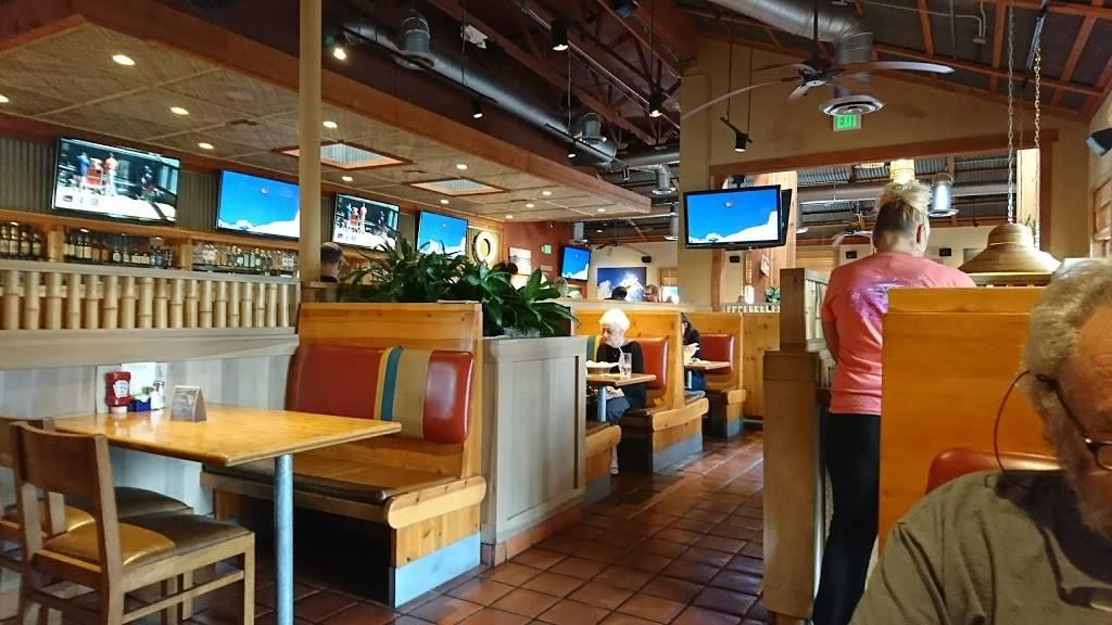 Islands Restaurant Northridge   restaurant   11400 Porter Ranch Dr, Northridge, CA 91326, USA   8183682305 OR +1 818-368-2305