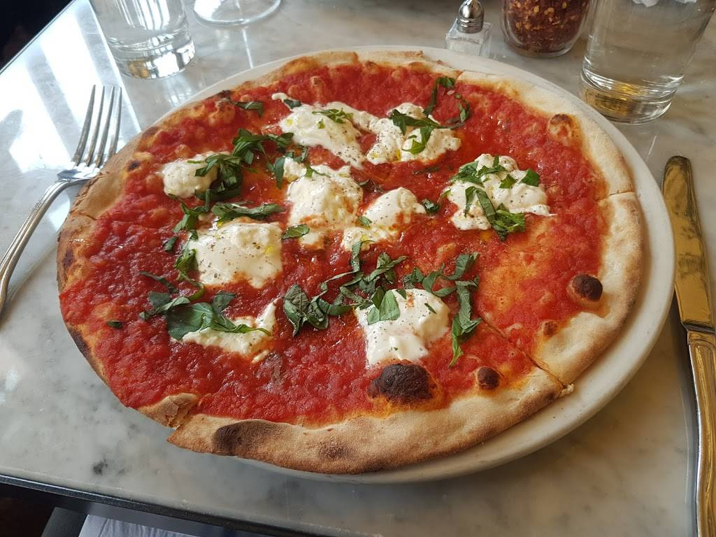 Serafina Fabulous Pizza | restaurant | 1022 Madison Ave, New York, NY 10075, USA | 2127342676 OR +1 212-734-2676