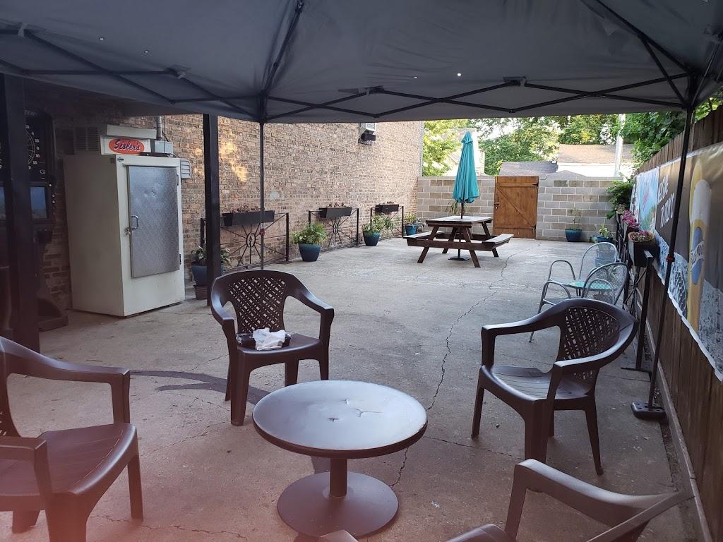 Tillys Pub & Grub   restaurant   620 W Madison St, Ottawa, IL 61350, USA   8153245050 OR +1 815-324-5050