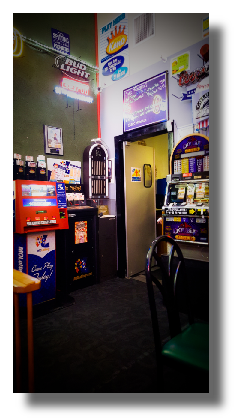 Downtown Pizza & Sports Bar   meal takeaway   125 S Madison Ave, Aurora, MO 65605, USA   4174404074 OR +1 417-440-4074