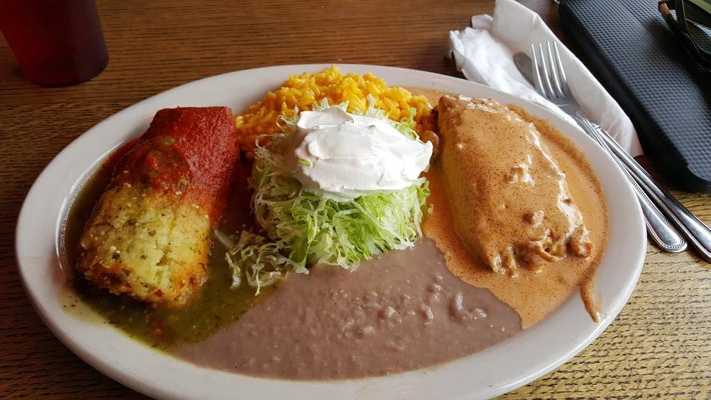 Tamales Mexican Restaurant   meal delivery   493 Central Ave, Highland Park, IL 60035, USA   8474334070 OR +1 847-433-4070