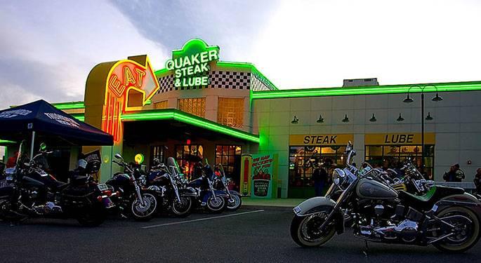 Quaker Steak & Lube   restaurant   10400 49th St N, Clearwater, FL 33762, USA   7275729464 OR +1 727-572-9464