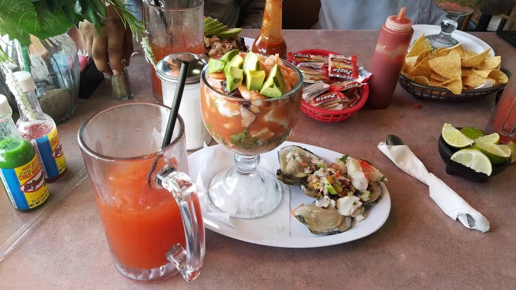 Mariscos King Fish | restaurant | 1324 W Francisquito Ave, West Covina, CA 91790, USA | 6269176496 OR +1 626-917-6496