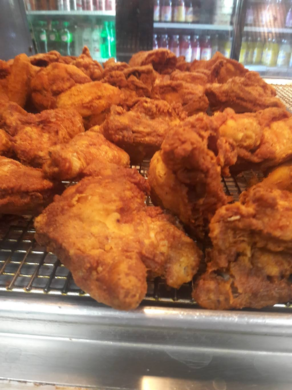 Gyro Loco & Prince Fried Chicken | restaurant | 11 Anderson Ave, Fairview, NJ 07022, USA | 2019454555 OR +1 201-945-4555