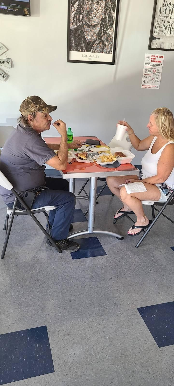 Bs Kitchen | restaurant | 226 Greenville St S F, Newnan, GA 30263, USA | 6785529999 OR +1 678-552-9999