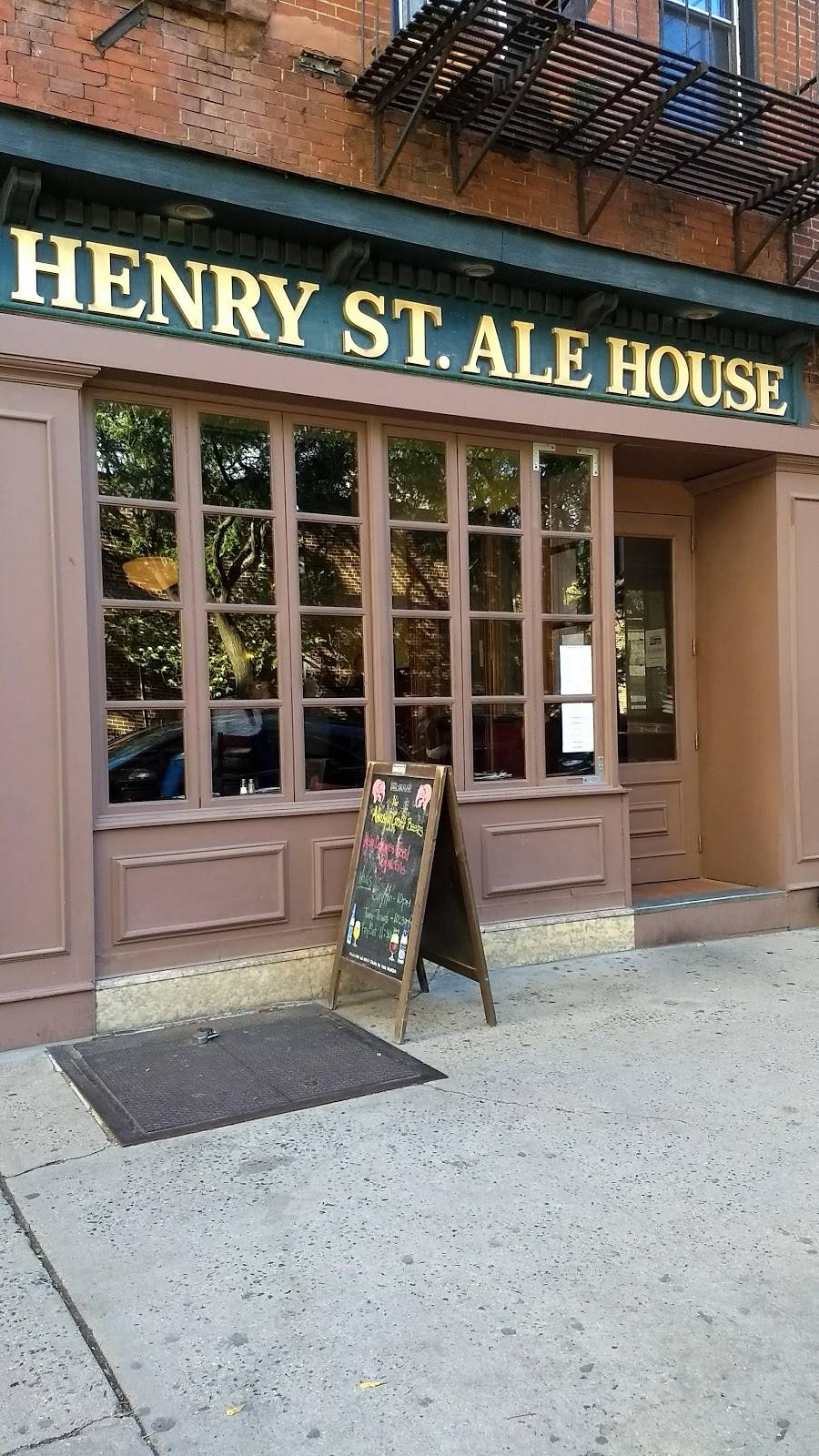 Henry Street Ale House | restaurant | 62 Henry St, Brooklyn, NY 11201, USA | 7185224801 OR +1 718-522-4801