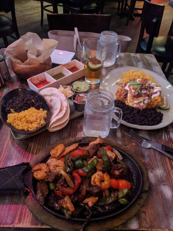 Salsa Mexicana | restaurant | 13 N Village Ave, Rockville Centre, NY 11570, USA | 5165442526 OR +1 516-544-2526